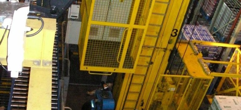 3-near-aisle-stacker-crane-being-tested