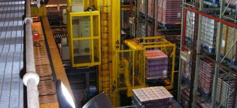 4-near-aisle-stacker-cranes-in-operation-maintaind-by-ultralift-mh
